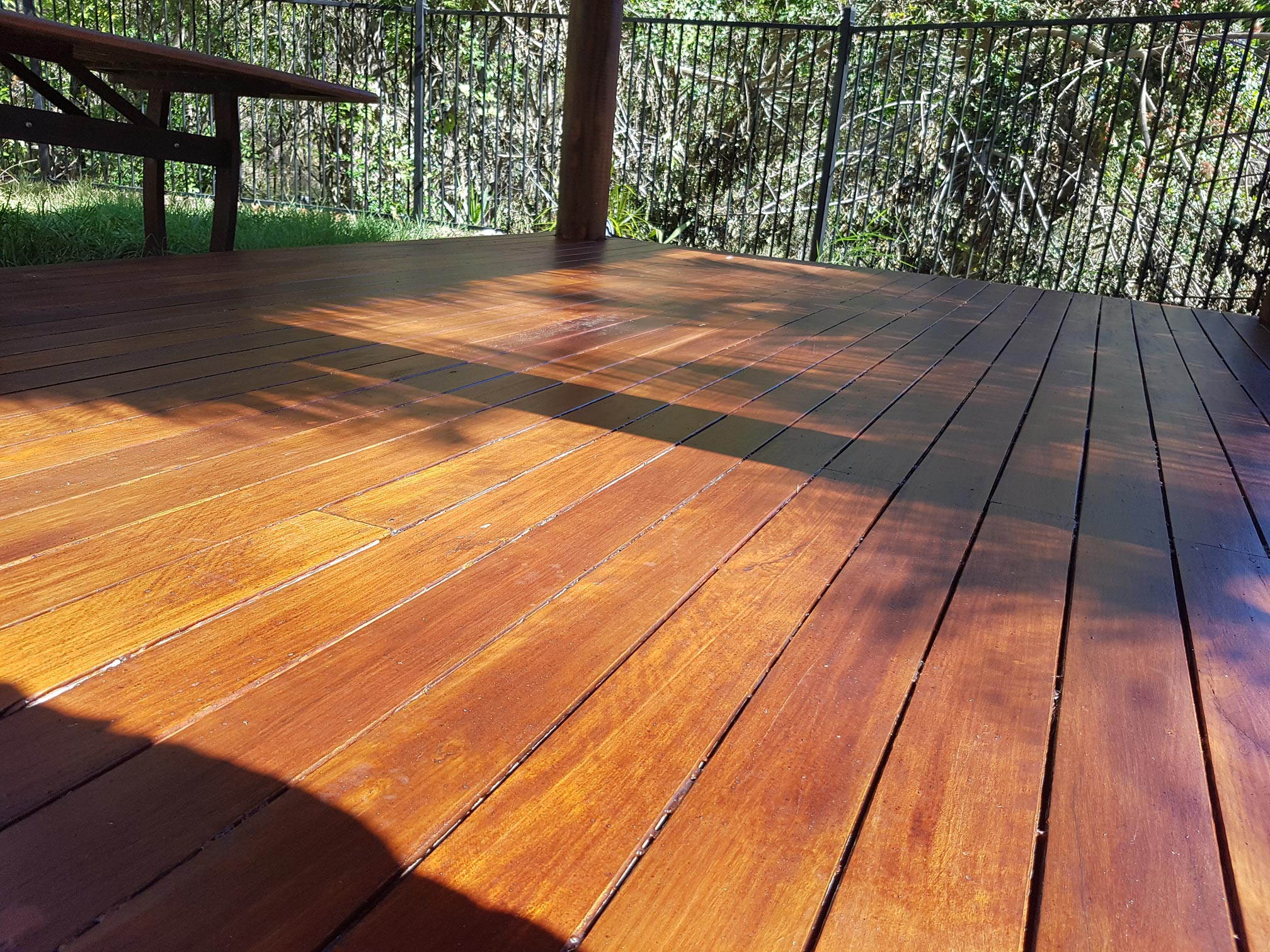Deck maintenance Brisbane